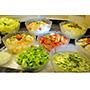 Salat Buffet mit 8 verschiedenen Sorten
